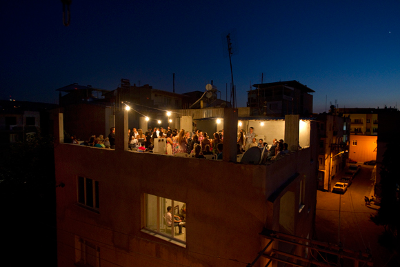 Üçüncülük Ödülü Alan Fotoğraf - Ercan Arslan - İstanbul - Nişan (İzmir)