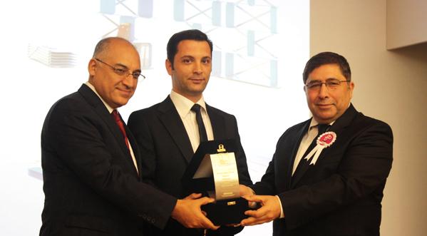 İMMİB Tasarım Yarışması Metalden Ürünler Profesyonel Kategorisi Birincisi: Tahsin Emre EKE