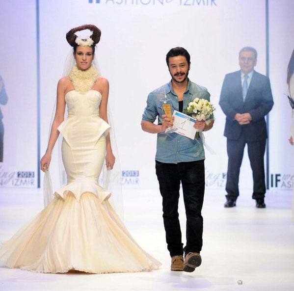 2013 If Wedding Fashion İzmir 4.Gelinlik Tasarım Yarışması Birincisi Okan Karakuş ile Söyleşi